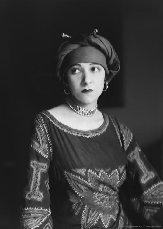 Fania Marinoff, actress and wife of Carl von Vechten, 1926