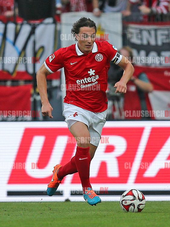 FOOTBALL: Julian Baumgartlinger (1. FSV Mainz 05) during the Bundesliga match between 1. FSV Mainz 05 and Borussia Dortmund at Coface Arena on September 20, 2014 in Mainz, Germany. Photo: Claus Birch.