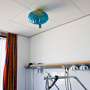 Nederland Rotterdam 31-08-2009 20090831 Foto: David Rozing ..Serie over zorgsector, Ikazia Ziekenhuis. Een ballon met tekst get better soon aan bed van patient. A balloon, text: feel better soon in patient's room  Rotterdam. Holland, The Netherlands, dutch, Pays Bas, Europe ..Foto: David Rozing