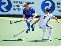 AMSTELVEEN -  Thierry Brinkman (Ned) passeert Lukas Windfeder (Dui)  tijdens mannen hockeywedstrijd , Nederland-Duitsland (2-2),  bij het EK hockey. Euro Hockey 2021.   COPYRIGHT KOEN SUYK