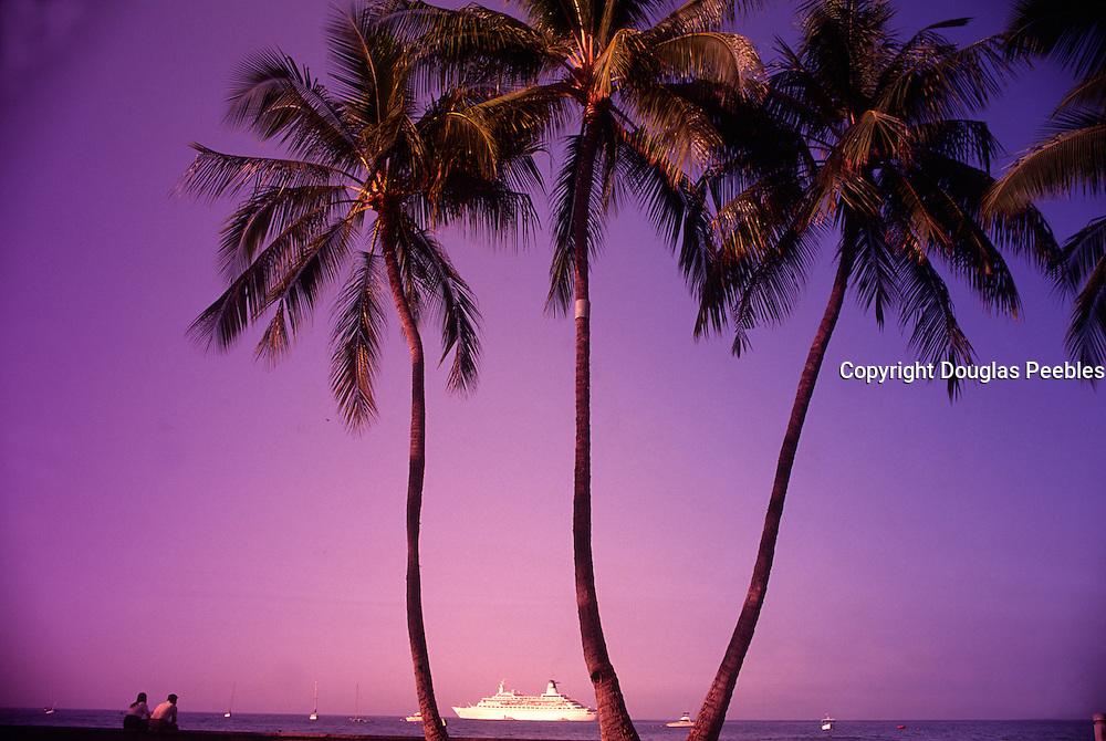 Cruise ship, Kailua-Kona, Island of Hawaii<br />