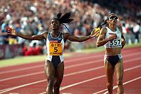 Siegerin Tonique Williams-Darling (BAH) und Ana Guevara (MEX) ueber 400m. © Andy Mueller/EQ Images