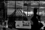 France. Paris. 1st district. Louvre museum.   Louvre Pyramid    Architecte, PEY. to use the picture you have to contact the EPGL etablissement public du grand Louvre.