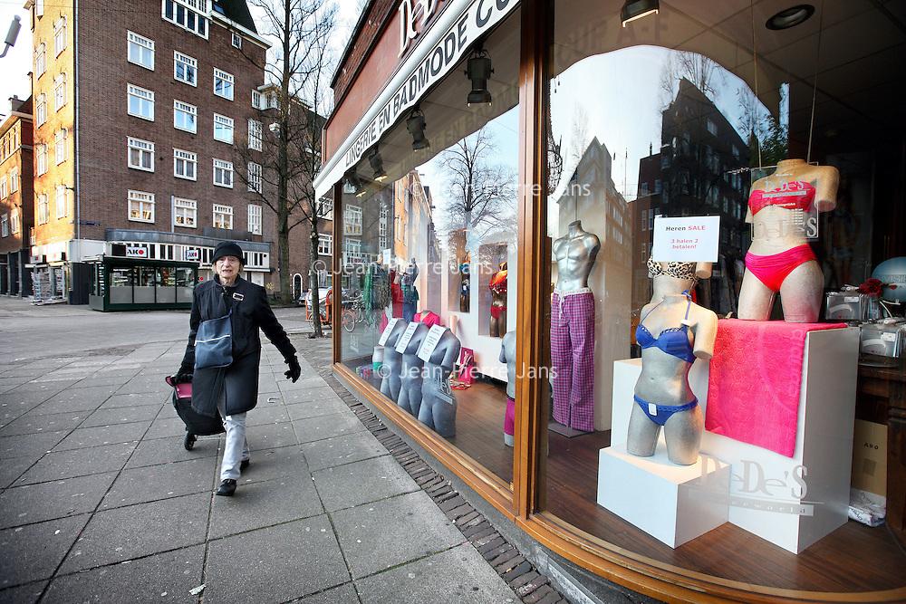 Nederland, Amsterdam , 16 januari 2012..De Beethovenstraat is genomineerd voor winkelstraat van het jaar..Foto:Jean-Pierre Jans