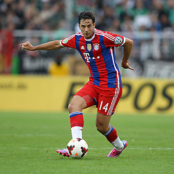 17.08.2014, Preussenstadion, Muenster, GER, DFB Pokal, SC Preussen Muenster vs FC Bayern Muenchen, 1. Runde, im Bild Claudio Pizarro (FC Bayern Muenchen #14) // during the 1st round match of German DFB Pokal between SC Preussen Muenster vs FC Bayern Munich at the Preussenstadion in Muenster, Germany on 2014/08/17. EXPA Pictures © 2014, PhotoCredit: EXPA/ Eibner-Pressefoto/ Schueler<br /> <br /> *****ATTENTION - OUT of GER*****