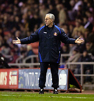Photo: Jed Wee.<br /> Sunderland v Middlesbrough. Barclays Premiership. 31/01/2006.<br /> <br /> Sunderland manager Mick McCarthy cannot believe the performance of his team on the pitch.