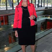 NLD/Hilversum/20121003- Boekpresentatie De Iconen van het NOS Achtuurjournaal, eerste vrouwelijke nieuwslezeres van het NOS Journaal Eugènie Herlaar