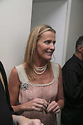 India Hicks, India Hicks And Crabtree & Evelyn launch new skincare range. : Hempel Hotel, 31-35 Craven Hill Gardens, London, W2, 22 November 2006. ONE TIME USE ONLY - DO NOT ARCHIVE  © Copyright Photograph by Dafydd Jones 66 Stockwell Park Rd. London SW9 0DA Tel 020 7733 0108 www.dafjones.com