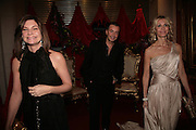 Natalie Massenet, Julian Macdonald and Melissa Odabash. THE DINER DES TSARS in aid of UNICEF. To celebrate the launch of Quintessentially Wine, Guildhall. London. 29 March 2007.  -DO NOT ARCHIVE-© Copyright Photograph by Dafydd Jones. 248 Clapham Rd. London SW9 0PZ. Tel 0207 820 0771. www.dafjones.com.