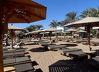 Solsenger på sandstrand, Sharm-el-Sheik