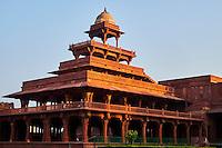 Inde, état de l'Uttar Pradesh, Fatehpur Sikri, ancienne capitale de l'empire moghol, classée Patrimoine Mondial de l'UNESCO, pavillon Panch Mahal // India, Uttar Pradesh, Unesco World heritage, Fatehpur Sikri, Panch Mahal
