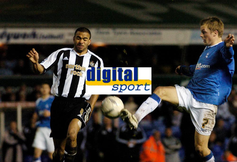 Photo: Leigh Quinnell.<br /> Birmingham City v Newcastle United. The FA Cup. 06/01/2007. Newcastles Kieran Dyer clashes with Birminghams Sebastian Larsson.