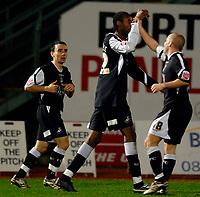 Photo: AlanCrowhurst.<br />Brighton & Hove Albion v Swansea City. Coca Cola League 1. 05/12/2006. Swansea's Dennis Lawrence (C) celebrates his goal 1-1.