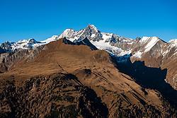 THEMENBILD - Herbstimpressionen aus dem Bergsteigerdorf Kals am Grossglockner. Hier im Bild Panoramaansicht des Grossglockner (Glockner) dem höchsten Berg Österreichs (3798m), mit Greiwiesn, Figerhorn, Ködnitztal und Bergertörl. Aufgenommen am Montag den 09. November 2020 in Kals am Grossglockner im Nationalpark Hohe Tauern // Autumn Impressions from the mountain village of Kals am Grossglockner. Panoramic view of the Grossglockner (Glockner) the highest mountain of Austria (3798m) with Greiwiesen, Figerhorn, Ködnitztal and Berger Törl. Kals, Monday 09 November 2020 in the Hohe Tauern National Park. EXPA Pictures © 2020, PhotoCredit: EXPA/ Johann Groder