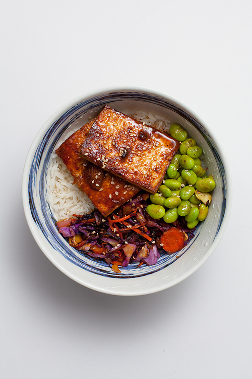 Teriyaki Tofu and Stir-Fried Veggies from the fridge (m€) - COVID-19 Social Distancing