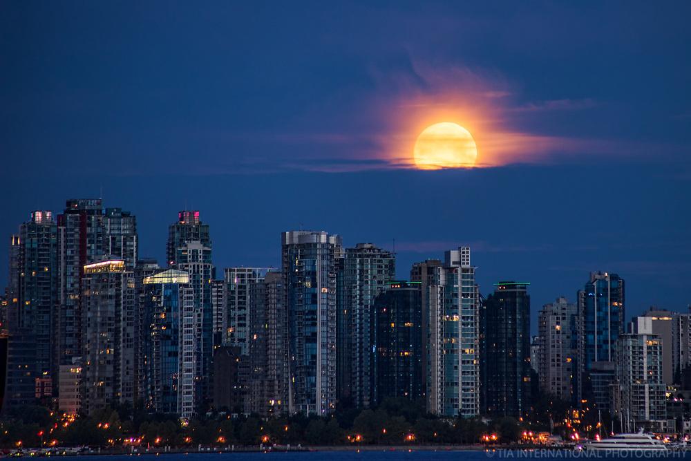 Moonset above Vancouver Skyline