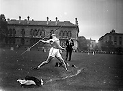 21/09/1957<br /> 09/21/1957<br /> 21 September 1957<br /> Athletics - Ireland V Scotland in College Park, Trinity College, Dublin. Irish athlete throwing the javelin.