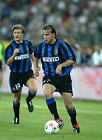 Fotball<br /> <br /> Italia 2003/2004<br /> Bari 08.08.2003<br /> Birra Moretti Cup <br /> <br /> Andy Van Der Meyde  (Inter)<br /><br /> <br /> Foto: Digitalsport