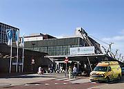 Nederland, Nijmegen, 18-4-2009Hoofdingang van het umc radboud ziekenhuis.Foto: Flip Franssen