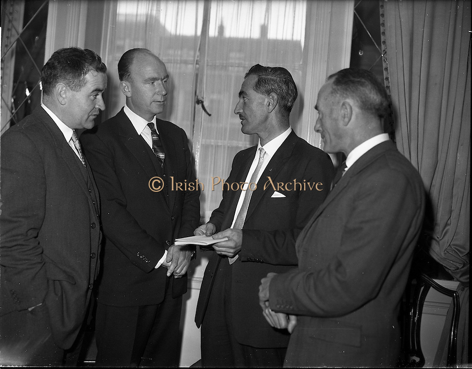 03/11/1961<br /> 11/03/1961<br /> 03 November 1961<br /> David Brown tractors Press Conference for presentation of prize in Tractor Maintenance competition at the Gresham Hotel, Dublin. Minister for Education Patrick Hillery is second from left.