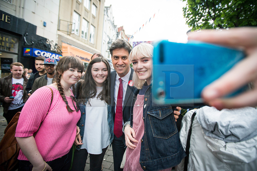 © Licensed to London News Pictures. 27/05/2016. Doncaster UK. Labour leader Jeremy Corbyn & former Labour leader Ed Miliband have been at a EU referendum campaign rally today in Docaster. Photo credit: Andrew McCaren/LNP
