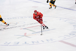 PYEONGCHANG, Feb. 25, 2018  Sergei Shirokov of Olympic athletes from Russia drives the puck during men's ice hockey final against Germany at Gangneung Hockey Centre, in Gangneung, South Korea, Feb. 25, 2018. The Olympic Athletes from Russia team defeated Germany 4:3 and won the gold medal. (Credit Image: © Wu Zhuang/Xinhua via ZUMA Wire)