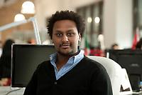2011, BERLIN/GERMANY:<br /> Jonathan Teklu, Geschaeftsfuehrer Springstar, in seinem Buero<br /> IMAGE: 20120104-01-043<br /> KEYWORDS: Start-up