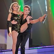 NLD/Hilversum/20110311 - Sterren Dansen op het IJs show 7, Michael Boogerd en Darya Nucci