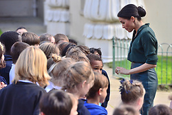 © Licensed to London News Pictures. 03/10/2018. London, UK. Harry, Duke of Sussex and Meghan, Duchess of Sussex visit the Royal Pavilion, Brighton. Photo credit: Ray Tang/LNP