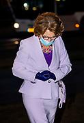 Den Haag, 7-12-2020 , Galerij Prins Willem V.<br /> <br /> Prinses Margriet bij aankomst. De prinses reikt op Nationale Vrijwilligersdag, in Den Haag herinneringsmedailles uit aan vier vrijwilligers van het Rode Kruis. Zij staan symbool voor zesduizend vrijwilligers die vandaag een medaille ontvangen voor hun inzet tijdens de coronapandemie. Prinses Margriet is erevoorzitter van het Nederlandse Rode Kruis.