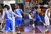 DESCRIZIONE : Roma Lega serie A 2013/14 Acea Virtus Roma Banco Di Sardegna Sassari<br /> GIOCATORE : Thomas Omar<br /> CATEGORIA : penetrazione controcampo<br /> SQUADRA : Banco Di Sardegna Dinamo Sassari<br /> EVENTO : Campionato Lega Serie A 2013-2014<br /> GARA : Acea Virtus Roma Banco Di Sardegna Sassari<br /> DATA : 22/12/2013<br /> SPORT : Pallacanestro<br /> AUTORE : Agenzia Ciamillo-Castoria/ManoloGreco<br /> Galleria : Lega Seria A 2013-2014<br /> Fotonotizia : Roma Lega serie A 2013/14 Acea Virtus Roma Banco Di Sardegna Sassari<br /> Predefinita :