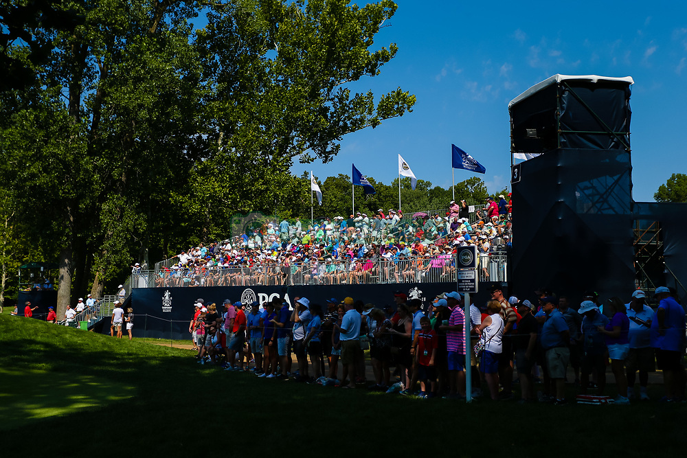 August 10, 2018 - St. Louis, MO, U.S. - ST. LOUIS, MO - AUGUST 10: Fans eagerly await the leaders at the third green during Round 2 of the PGA Championship August 10, 2018, at Bellerive Country Club in St. Louis, MO.  (Photo by Tim Spyers/Icon Sportswire) (Credit Image: © Tim Spyers/Icon SMI via ZUMA Press)