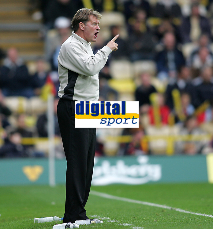 Photo: Lee Earle.<br /> Watford v Wolverhampton Wanderers. Coca Cola Championship. 29/10/2005. Wolves boss Glenn Hoddle.