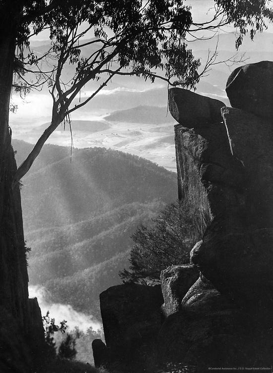 Australia, 1930
