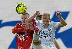 Philip Rejnhold (FC Helsingør) og Sebastian Jørgensen (Silkeborg IF) under kampen i 1. Division mellem FC Helsingør og Silkeborg IF den 11. september 2020 på Helsingør Stadion (Foto: Claus Birch).