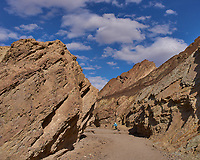 Golden Valley Trail. Death Valley National Park. Image taken with a Leica X1 camera (ISO 100, 24 mm, f/16, 1/250 sec).