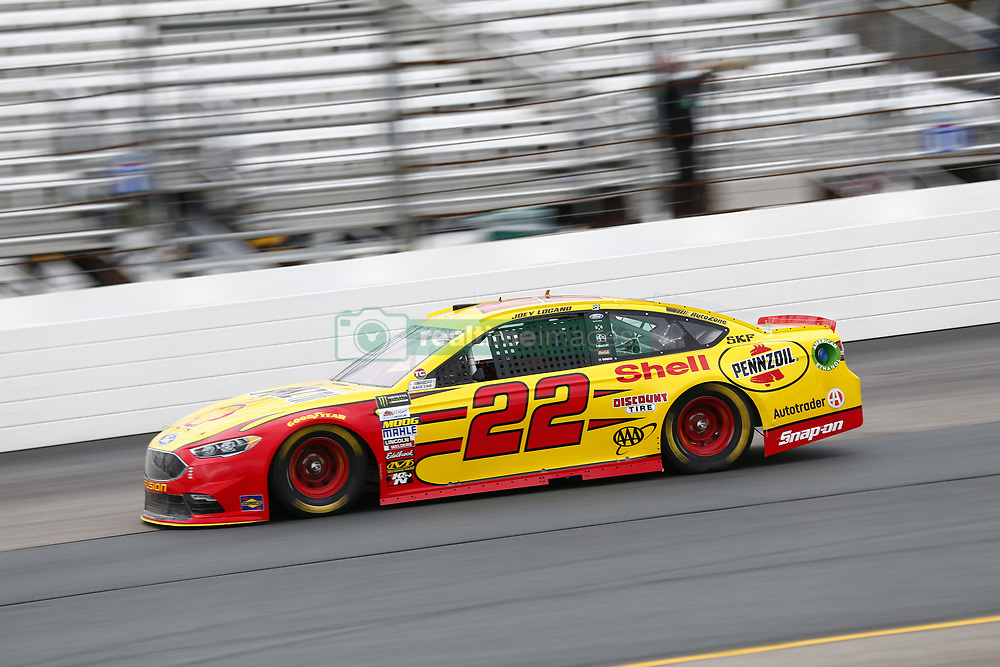 September 22, 2017 - Loudon, New Hampshire, United States of America - September 22, 2017 - Loudon, New Hampshire, USA: Joey Logano (22) takes to the track to practice for the ISM Connect 300 at New Hampshire Motor Speedway in Loudon, New Hampshire. (Credit Image: © Justin R. Noe Asp Inc/ASP via ZUMA Wire)