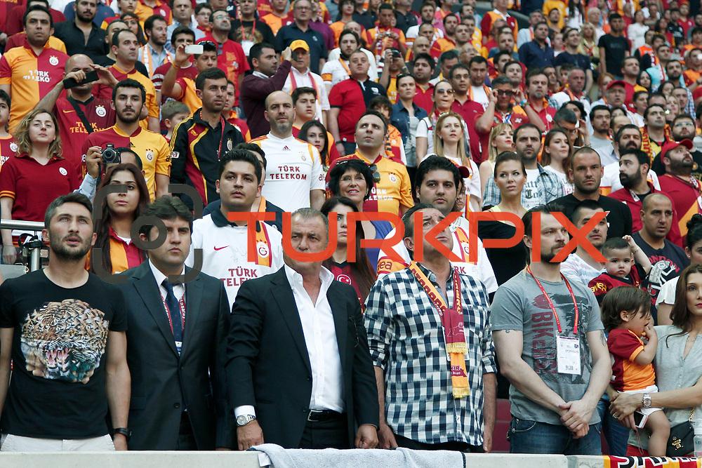 Galatasaray's coach Fatih Terim (C) during their Turkish superleague soccer derby match Galatasaray between Trabzonspor at the AliSamiYen spor kompleksi TT Arena in Istanbul Turkey on Saturday, 18 May 2013. Photo by Aykut AKICI/TURKPIX