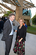 LORD HOLLICK; LADY HOLLICK, Opening of the 2008 Frank Gehry Serpentine Pavilion. Kensington Gardens. London. 21 July 2008 *** Local Caption *** -DO NOT ARCHIVE-© Copyright Photograph by Dafydd Jones. 248 Clapham Rd. London SW9 0PZ. Tel 0207 820 0771. www.dafjones.com.