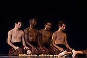 Sao Paulo_SP, Brasil...Apresentacao da companhia de danca Cisne Negro durante a 5 Virada Cultural na regiao central de Sao Paulo...The Cisne Negro dance company during the 5st Virada Cultural in central region in Sao Paulo...Foto: MARCUS DESIMONI / NITRO