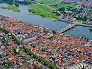 Nederland, Gelderland, Kampen, 21–06-2020; de stad Kampen, gelegen aan rivier de IJssel. Zicht op de binnenstad met onder andere de Nieuwe toren en de Stadsbrug over de rivier.<br /> The city of Kampen, situated on the river IJssel. View of the city center including the New Tower and the City Bridge over the river.<br /> <br /> luchtfoto (toeslag op standaard tarieven);<br /> aerial photo (additional fee required)<br /> copyright © 2020 foto/photo Siebe Swart