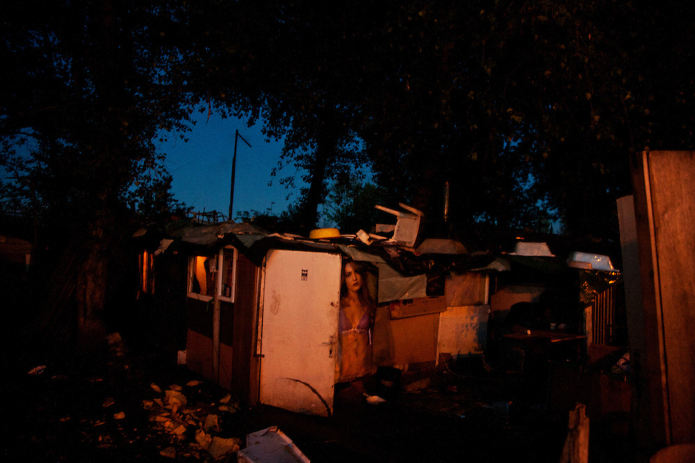 A home in the Belville camp in New Belgrade on the eve of the camp's destruction.
