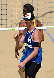 18-07-2014 NED: FIVB Grand Slam Beach Volleybal, Scheveningen<br /> Knock out fase - Robert Meeuwsen (2) NED