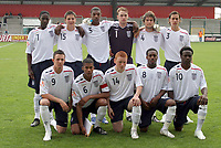 Fotball<br /> UEFA U17 Championships<br /> 04.05.2007<br /> England<br /> Foto: Imago/Digitalsport<br /> NORWAY ONLY<br /> <br /> Mannschaftsfoto England U17, hi.v.li.: Daniel Welbeck, Daniel Gosling, Krystian Pearce, Torwart Jason Steele, Henri Lansbury, Joseph Mattock, vorn: Rhys Murphy, Jordan Spence, Michael Woods, Daniel Rose und Victor Moses<br /> <br /> Lagbilde England