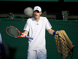 29.06.2011, Wimbledon, London, GBR, ATP World Tour, Wimbledon Tennis Championships, im Bild Andy Murray in action during the Gentlemen's Singles Quarter-Final match on day nine of the Wimbledon Lawn Tennis Championships at the All England Lawn Tennis and Croquet Club. EXPA Pictures © 2011, PhotoCredit: EXPA/ Propaganda/ David Rawcliffe +++++ ATTENTION - OUT OF ENGLAND/UK +++++