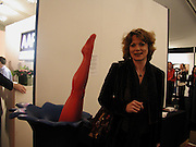 Samantha Bond, The Affordable Art Fair private view ( in aid of Barnados) Battersea. 19 March 2003. © Copyright Photograph by Dafydd Jones 66 Stockwell Park Rd. London SW9 0DA Tel 020 7733 0108 www.dafjones.com