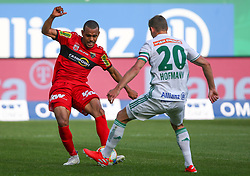 25.05.2019, Allianz Stadion, Wien, AUT, 1. FBL, SK Rapid Wien vs Cashpoint SCR Altach, Qualifikationsgruppe, 32. Spieltag, im Bild v.l. Anderson Dos Santos Gomes (Cashpoint SCR Altach) und Maximilian Hofmann (SK Rapid Wien) // during the tipico Bundesliga qualification group 32nd round match between SK Rapid Wien and Cashpoint SCR Altach at the Allianz Stadion in Wien, Austria on 2019/05/25. EXPA Pictures © 2019, PhotoCredit: EXPA/ Thomas Haumer
