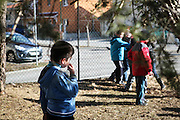 Reportage CLIS, classes pour l'inclusion scolaire, accueillant des enfants victimes d'autisme, Bellegarde.  Report on classes to include children with difficulties scholastically, welcoming children that are victims of autism.  Bellegarde, France