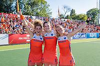 AMSTELVEEN  -  Oranje wint de finale na schoot outs. Maria Verschoor (Ned) , Marloes Keetels (Ned) en Xan de Waard (Ned)  na   de finale  Nederland-Australie (2-2)  van de Pro League hockeywedstrijd dames. .  COPYRIGHT KOEN SUYK