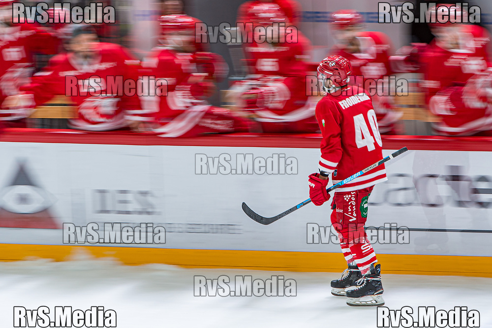 LAUSANNE, SWITZERLAND - NOVEMBER 05: #40 Etienne Froidevaux of Lausanne HC celebrates his goal with teammates during the Swiss National League game between Lausanne HC and HC Davos at Vaudoise Arena on November 5, 2019 in Lausanne, Switzerland. (Photo by Robert Hradil/RvS.Media)
